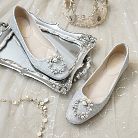 Gorgeous Wedding Shoes Round Toe Rhinestones Evening Party Shoes Sparkly Sequin Flat Shoes Silver Pearls