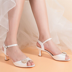 Rhinestones Satin Dress Shoes Mid Heel White Peep Toe Wedding Shoes With Pearl