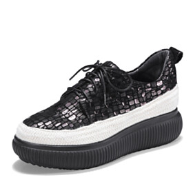 Lacing Up Flat Shoes Sneakers Platform Low Heeled Round Toe Fashion