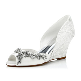 7 cm Mid Heel Lace Wedge Flowers Round Toe Sandals For Women With Metal Jewelry Open Toe