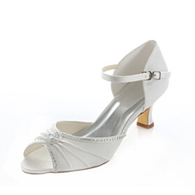 Open Toe Ivory Womens Sandals Low Heel Beautiful Ankle Strap With Rhinestones Bridals Wedding Shoes